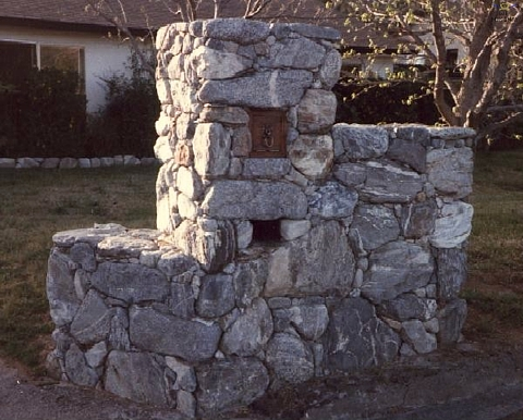 Stone (river rock) Mailbox